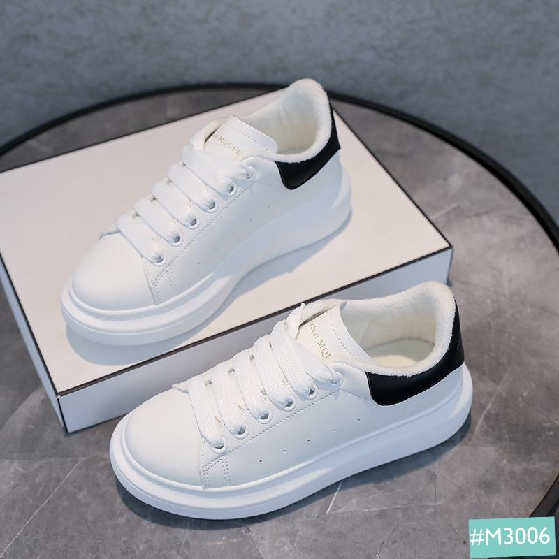 giày thể thao nữ màu trắng