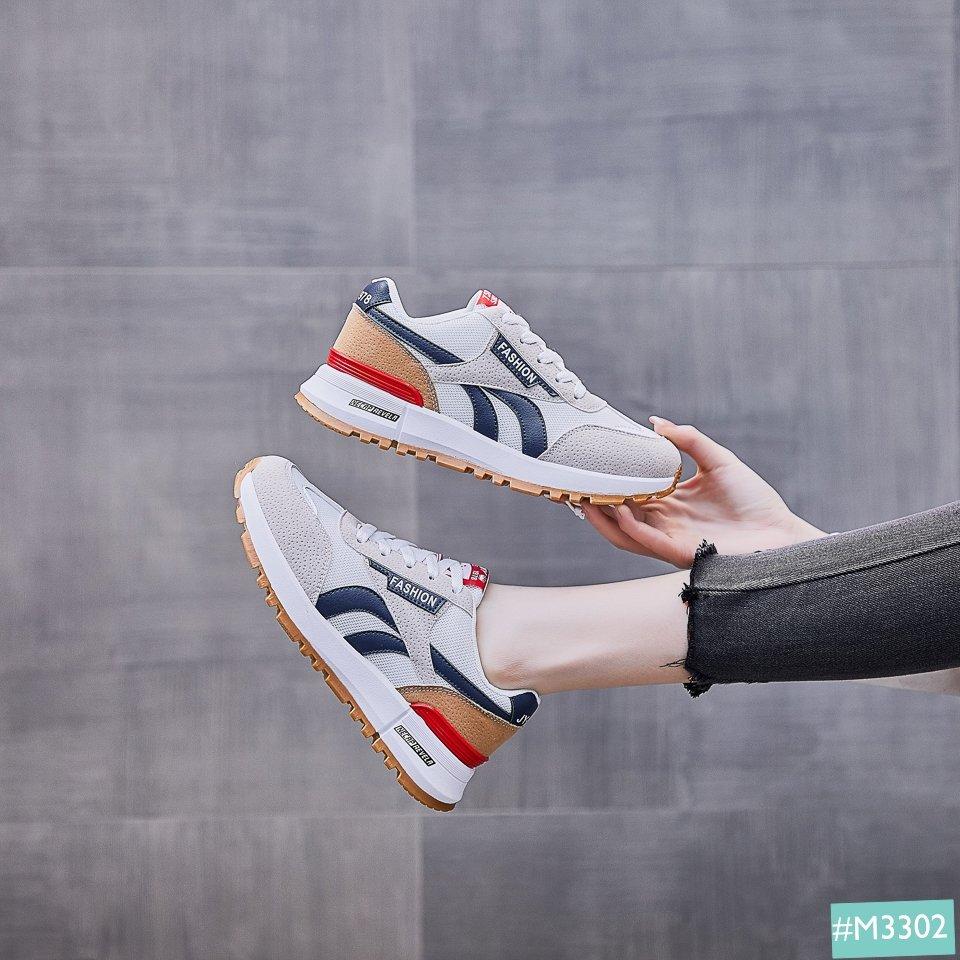 Giày Thể Thao Nữ Đơn Giản Classic lên chân