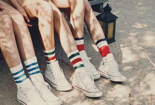 Tất cổ cao phối sneaker trắng