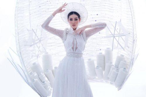 Khánh Vân dự thi trang phục dân tộc